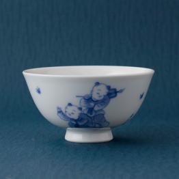 染付唐子絵茶碗